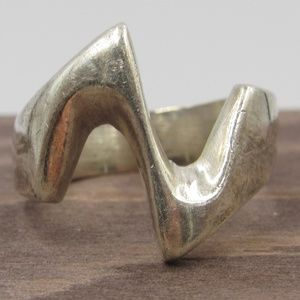Size 6.5 Sterling Silver Thick Jagged Style Band